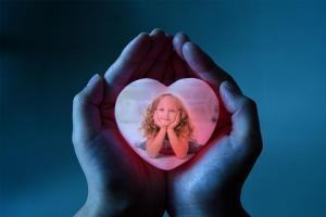 Love frame 2018 - Ứng dụng ghép ảnh, tạo thiệp tình yêu cho mùa valentine 2018 này