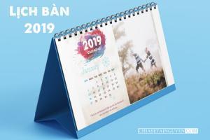 Chia sẻ mẫu PSD thiết kế lịch để bàn mới nhất 2019