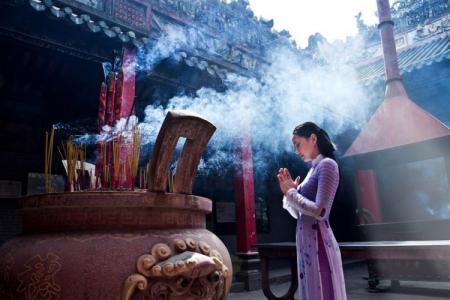 Những điều cần biết khi đi lễ chùa đầu năm