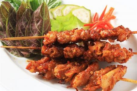 """""""Bùng cháy"""" với 5 quán thịt xiên thơm ngon nhất Hà Nội !"""