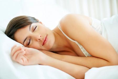 Điểm mặt những thói quen xấu trước khi đi ngủ vừa gây béo bụng mà còn có hại cho sức khỏe