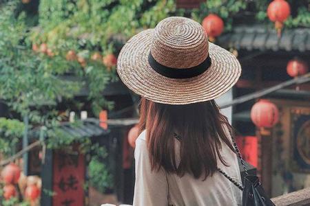 3 Kiểu mũ cói chống nắng hiêụ quả mà rất thời trang khiến chị em thích mê