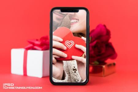 Free Iphone Mockup - Tải PSD Mockup ghép ảnh tình yêu trên Iphone
