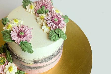 Top 15 mẫu bánh sinh nhật điểm hoa ngọt ngào và lãng mạn nhất 2019